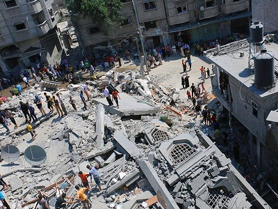 Al-Qassam mosque of Nuseirat refugee camp in Gaza, destroyed in Israeli strikes. (Ahmed Al-Tawil)