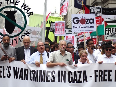 Jeremy Corbyn leading a July 2014 demonstration against the Israeli war on Gaza. (Photo: RonF, via Flickr)