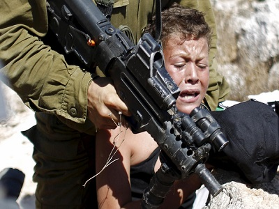 Over 700 Palestinian children are arrested and face ill-treatment by Israeli forces each year. (Photo: via Alarabiya)