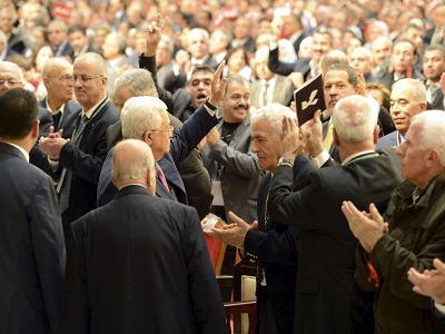 The Fatah elites still applauded Abbas nearly 300 times during his three hour speech. (Photo: WAFA)