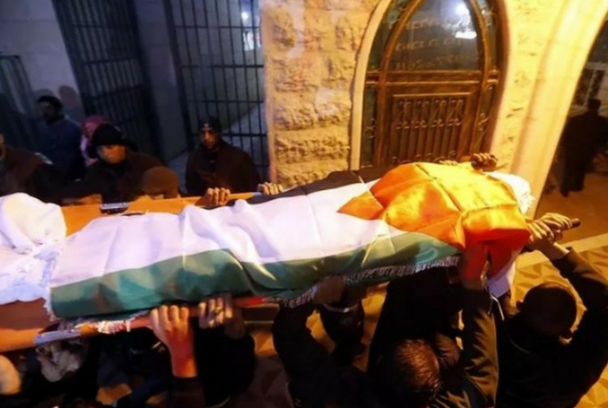Israeli troops shoot Palestinian dead during Hebron protests
