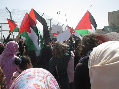 int_women_day_qalandiya_small_1